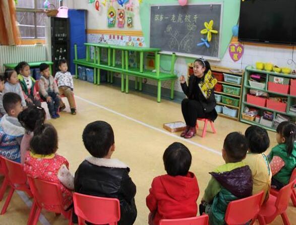 幼兒園老師偷偷告訴家長:這3句話可不能對孩子說!