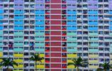 香港這處民居塗成彩虹色,雖不是旅遊景點,卻成為熱門拍照打卡地