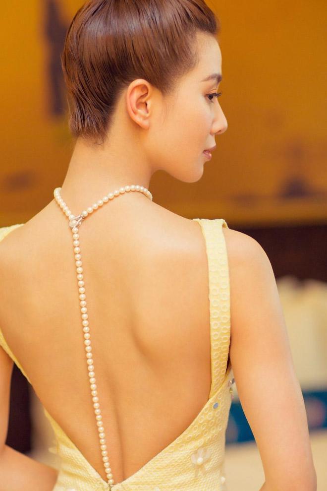 劉詩詩溫婉迷人露背禮服唯美高清圖片
