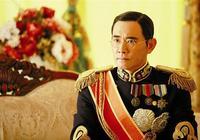 李玉琴納悶皇上不讓她侍寢,當溥儀的奶孃告訴她答案後,後悔莫及
