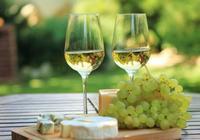 如何製作白葡萄酒?