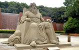 宛如石雕的沙雕作品,出自世界上最有才華的沙雕藝術家
