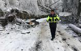 廬山交警助力搶修隊恢復廬山供水供電