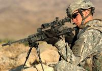狙擊手和射擊比賽運動員相比,誰射擊更準?