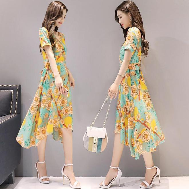 2017夏季新款女裝韓版氣質短袖修身裙,印花雪紡的氣質喲!