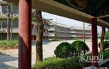 山谷村落裡這座規模巨大的豪華大酒店為啥就荒廢了呢?
