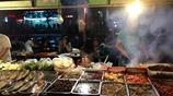 實拍:新疆夜市美食太誘人,但是啤酒實在是不太好喝