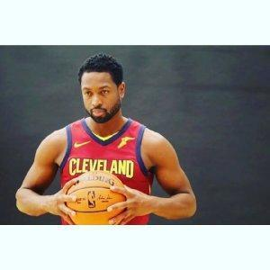 韋德:NBA賽場最閃亮的星,永遠不肯認輸的戰鬥狂定會捲土重來!