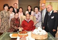 15歲便賺百萬家產,還曾超李嘉誠成亞洲首富,卻常年住酒店不回家