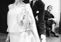 黑白電影年代裡的時尚,是赫本成就了紀梵希還是紀梵希成就了赫本?