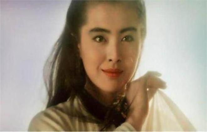 八張圖回憶昔日的女神王祖賢,現代裝美,古代裝更美!不愧是女神