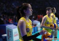中國隊開局3:8落後,最終22:25輸第三局,以2-1領先意大利女排,你怎麼看?