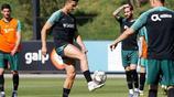 葡萄牙隊訓練備戰 C羅領銜葡萄牙眾星 大腿肌肉線條太亮眼