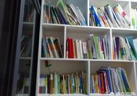 你對北大教授曹文軒進各中小學校開設講座,推銷書有何看法?《草房子》作品如何評價?