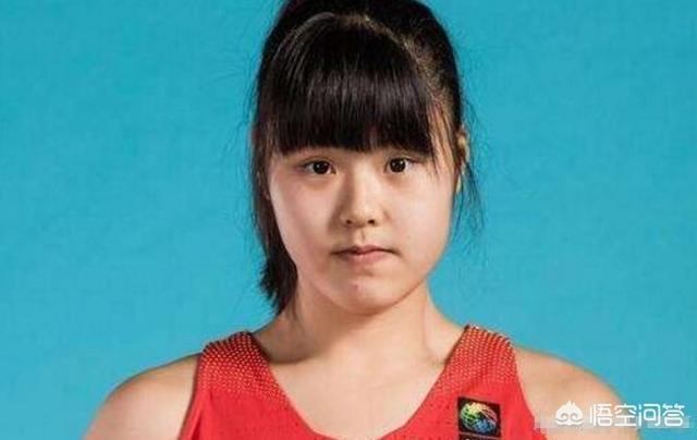 """女籃小將李月汝為什麼會被球迷稱為女籃""""最萌大中鋒""""呢?"""