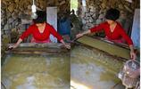 四連碓造紙作坊:當地人用最傳統的方法造紙,但是這紙卻很難用