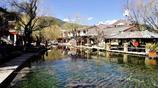 相比大研古城的商業化與繁榮,我更喜歡束河古鎮的寧靜