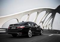 這才是真正的好車,一箱油跑2100公里,油耗才4L,價格卻不到20萬