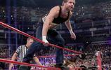 WWE米茲偷腰帶?院長大戰懷亞特,米茲帶老婆干擾,撿便宜了