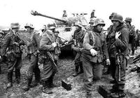 二戰攻打波蘭後,德國損失比蘇聯還大,蘇聯佔了大便宜,為何英法不對蘇德同時宣戰?