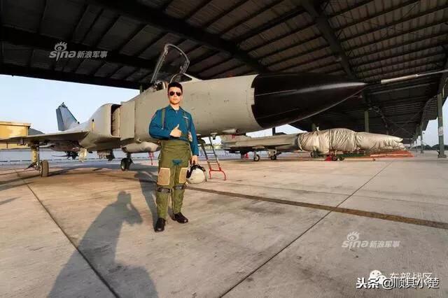 走進東部戰區殲8FR偵察機