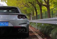 法拉利GTC4Lusso T:舒服、實用得不像法拉利