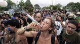 巴西貧民窟15歲少女,以性換毒,整個國家缺乏整治