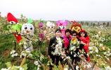 湖南衡陽千畝梨花競相開放,眾多遊客前來觀花賞景