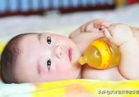 寶寶幾個月時可以喝水了?大多數家長都喂早了,快自查!