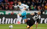 足球——德甲聯賽:沙爾克04勝勒沃庫森