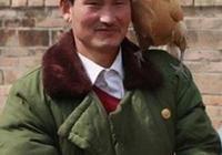 你認為大衣哥朱之文的個人品質如何,值得我們稱讚嗎?