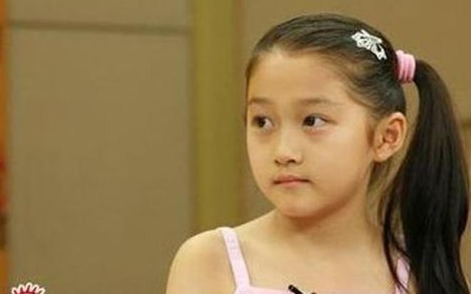 楊紫長大了,張雪迎長大了,關曉彤長大了,而她卻永遠長不大了!
