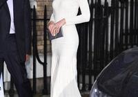 凱特挑戰超難穿禮服,氣質高貴、身材如少女;網友:天生王后