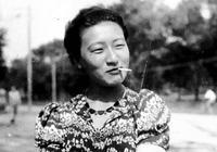 歷史罕見照片,叼煙的格格,穿和服的末代皇后,圖五是趙一荻