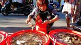 居民小區菜市場皮皮蝦20塊錢一斤 小海鮮很普通很鮮美很便宜