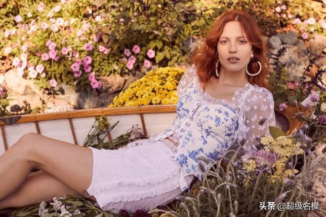 超級名模|Julia Banas~For Love&Lemons 2019年春季連衣裙之戀