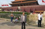 父親節到了,翻到兩年前帶爸爸遊北京的照片