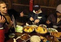 """老外:吃過的哪道中國菜,讓你感覺""""不可思議"""",完全意料不到"""
