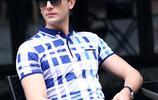 男人過了31歲,多穿這樣的T恤,顯高更有男性魅力