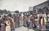 清朝阿克蘇民族巴扎的熱鬧場景 也是懲罰罪犯警示百姓的重要場所