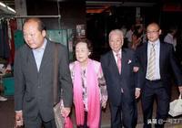 最長壽的千億豪門:妹妹95歲才去世,99歲的姐姐為他慶祝97歲生日