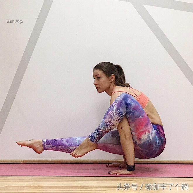男人如何更懂女人?你看她練瑜伽就知道了