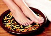 秋天用這幾種方法泡腳,可以養生,效果特別好!