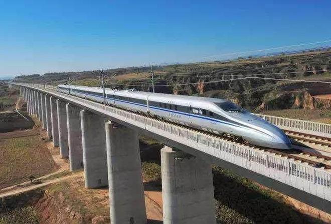 廣東廣西合建高鐵,沿途11站,已全線開工,這些地方受益最多