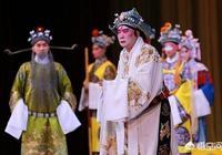 為什麼張雲雷可以讓上千人合唱《乾坤帶》、《鎖麟囊》、《未央宮》?