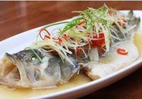 3斤的鰈魚好吃到連湯都端了,看的人都流口水!