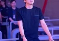 如何評價李健的歌曲《傳奇》?李健還有哪些經典的歌曲呢?