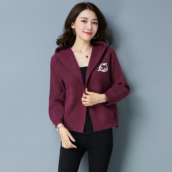 女人味十足新款小衫,31-50歲女人穿上顯瘦,洋氣還貴氣