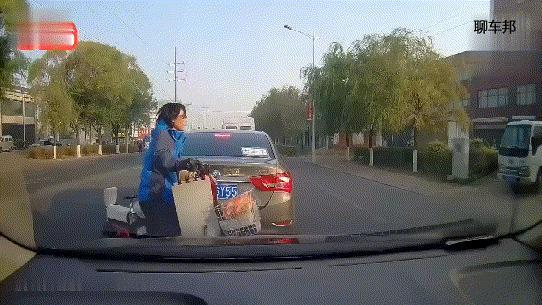 """""""鬼探頭""""究竟有多可怕?一組交通事故動圖告訴你!"""
