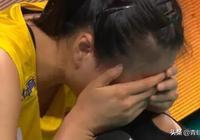 戰勝意大利女排後,惠若琪第一時間安慰哭泣的龔翔宇並逗笑旁邊的姚迪,你如何評價?